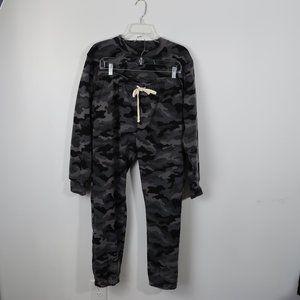 Brooklyn Cloth Black/Gray Camo Sweatshirt/pants XL